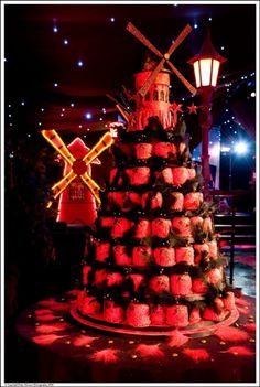 Birthday Cake at Moulin Rouge Themed 18th Birthday Party - www.mirageparties.co.uk