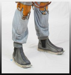 Guide to weathering Boba Fett CA Boots.