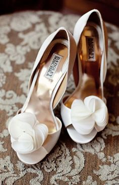 Wedding shoes idea; Featured Photographer: Lisa Hessel Photography