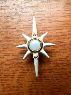 New Mid Century White Star Resin Doorbell Button #MidCentury #Doorbell #AmericanAntiqueHardware & New Craftsman \