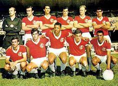 Inter 1968 Em pé: Schneider, Sadi, Pontes, Scala, Elton e Laurício; Agachados: Carlitos, Bráulio, Claudiomiro, Tovar e Dorinho.