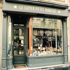 Cafe Interior, Interior Exterior, Super Petite, Boutiques, Deli Shop, Paris Store, Jewelry Store Design, Artwork For Home, Cafe Bistro
