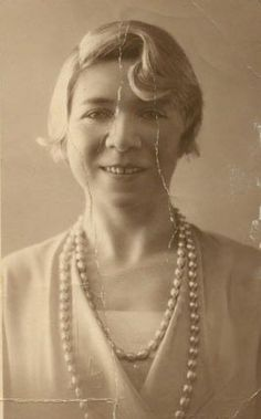 Alfonsina Storni http://www.encuentos.com/biografias/alfonsina-storni/