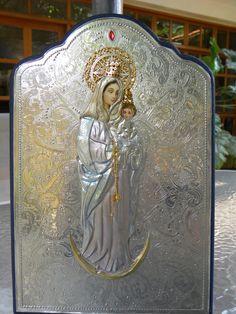 Virgen de Chiquinquirá.   Repujado en estaño.  Elaborado po Myrla García de Garate  Caracas - Venezuela