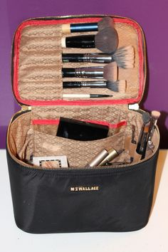 best makeup organizer travel