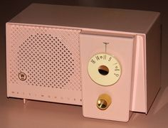 Vintage Westinghouse Pink Table Radio, Model H630T4A, Broadcast Band Only (MW), Made In USA, 4 Tubes, Circa 1959.