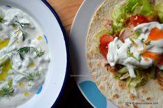 Lipie cu pui si sos tzatziki (chicken wraps)