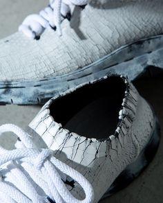 いいね!106件、コメント3件 ― EYESCREAM.JPさん(@eyescream_jp)のInstagramアカウント: 「【今日の逸品】[Maison Margiela]のスニーカー。  @maisonmargiela #今日の逸品 #maisonmargiela #martinmargiela #sneakers…」