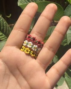 Rose , daisy , sunflower rings, flower rings , floral jewelry Flower rings Each ring is handmade usi Beaded Jewelry Patterns, Bracelet Patterns, Beading Patterns, Seed Bead Patterns, Bead Jewellery, Seed Bead Jewelry, Seed Beads, Bead Earrings, Jewelry Rings