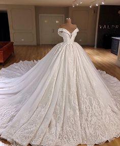 Bridal Ball Gowns Princess Wedding Dresses Off Shoulder Appliques Lace Up Back Dubai Wedding Dress, Wedding Dress Train, Princess Wedding Dresses, Dream Wedding Dresses, Bridal Dresses, Wedding Lace, Ball Gown Wedding, Lace Bride, Wedding Groom