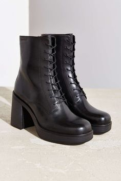 Vagabond Tyra Lace-Up Boot