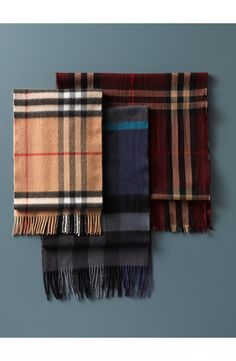 The perfect winter accessory | Burberry