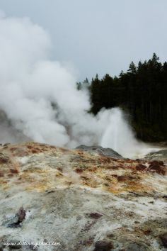 Steamboat Geyser || Yellowstone National Park || Dirt In My Shoes