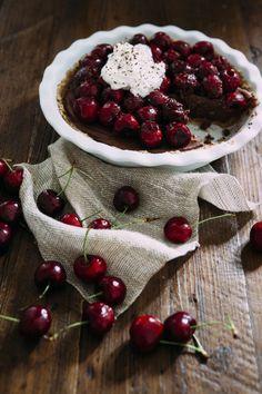 Find this crazy-good Chocolate Mascarpone Pie on our Delish Dish blog: http://www.bhg.com/blogs/delish-dish/2014/07/29/guest-blogger-hummingbird-high/?socsrc=bhgpin081114chocolatemascarponepie