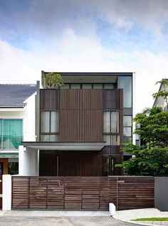 Stunning semi-detached house in Singapore: Eng Kong Garden