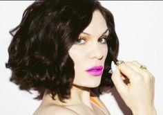 Jessie J x