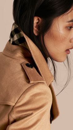 A Burberry Sandringham fit trench coat in Italian-woven cashmere. The  unlined design is 8c96de559b16