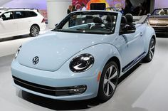 The Latest VW Beetle Car In 2017 Volkswagen New Beetle is a compact car introduced by Volkswagen in The exterior design of this car is taken from the original Beetle. But unlike the original Beetle, the New Beetle has a Volkswagen New Beetle, Auto Volkswagen, Beetle Car, Bug Car, Mini Cooper S, Bmw M3, Volkswagen Convertible, Vw Cabrio, Bmw Autos