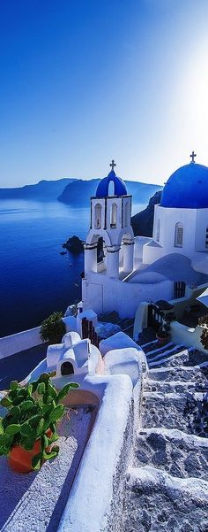 Greece Travel Inspiration - Santorini in Greece guides down from glistening white buildings to sparkling waters! Places To Travel, Places To See, Travel Destinations, Greece Destinations, Travel Tips, Travel Hacks, Budget Travel, Dream Vacations, Vacation Spots