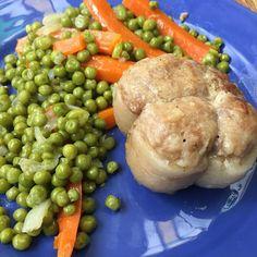 Un plat de veau que certains adorent à la maison : paupiette petits pois carotte #paupiette #paupiettedeveau #petitpois #carotte #cuisine #food #homemade #faitmaison N'hésitez pas à nous demander la recette nous la publierons dans notre bloghttp://ift.tt/2nr5K9O #eat #foodporn#instagood #photooftheday#yummy #sweet #yum #Instafood #dinner #fresh #eatclean #foodie #hungry #foodgasm #tasty #eating #foodstagram #cooking #delish #foodpics #french Vous pouvez nous suivre dans Twitter @mememoniq ou…