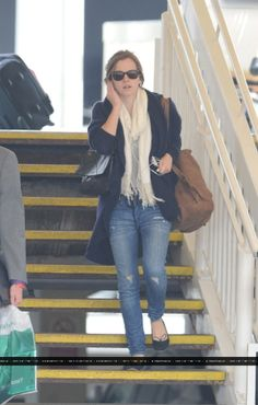 Emma Watson: I Waited For A Script Like 'Perks'!: Photo Emma Watson steps out for a walk with a mystery guy on Thursday (August in London, England. The actress and the boy were spotted walking a dog… Emma Watson Outfits, Emma Watson Style, Emma Watson Beautiful, Emma Watson Casual, Winter Outfits, Cool Outfits, Casual Outfits, Fashion Outfits, Female Outfits