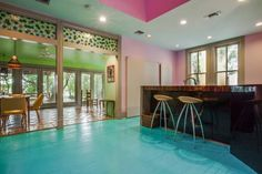 """Author Sandra Cisneros has sold her King William home — the same structure that stirred controversy in the late for its """"periwinkle purple"""" color — to an undisclosed buyer, Phyllis Browning real estate agent Ann Van Pelt confirmed Wednesday. Sandra Cisneros, King William, Texas Homes, San Antonio, The Neighbourhood, Home And Family, Sweet Home, Real Estate, Architecture"""