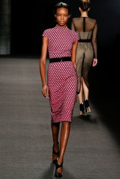 Monique Lhuillier - Fall 2014 Ready-to-Wear - Look 14 of 43