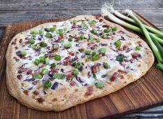 Kenyérlángos Vegetable Pizza, Bacon, Diet, Vegetables, Food, Essen, Vegetable Recipes, Meals, Banting