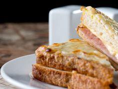Croque-monsieur gourmand Sandwich Croque Monsieur, Banana Bread, French Toast, Sandwiches, Lunch, Dinner, Breakfast, Desserts, Food