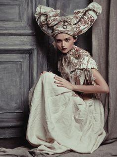 Anastasya Goryunova by Ekaterina Belinskaya