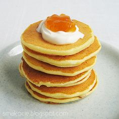 Serve these delicious Nigella's cottage cheese pancakes with your favorite additions e. yogurt fruits jam or chocolate sauce. Brunch Recipes, Breakfast Recipes, Cottage Cheese Pancakes, Eat Happy, Crepe Cake, Fruit Jam, English Food, Cereal Recipes, Nigella