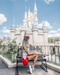 """Disney on a Budget """"See How Easily You Can Have A Disney World Vacation For A Fraction Of What Others Pay"""" Disney World Pictures, Cute Disney Pictures, Vacation Pictures, Florida Pictures, Disney World Florida, Disney World Trip, Disney Vacations, Disney Worlds, Disney Land"""