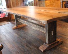 Kante Eiche Bauerntisch mit Trestle Basis Leben und Zapfenloch und Zapfen Tischlerei