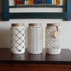 Best and Simple DIY Mason Jar Crafts - AmigurumiHouse Macrame Design, Macrame Art, Macrame Projects, Crochet Projects, Crochet Decoration, Crochet Home Decor, Crochet Crafts, Mason Jar Crafts, Bottle Crafts