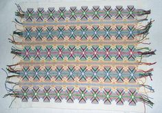 Huck weaving instructions and free pattern. Learn how to create a beautiful tea…
