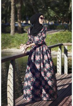 anna h floral dress