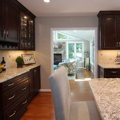 white spring granite with maple cabinets