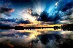 [フリー画像素材] 自然風景, 朝焼け・夕焼け, 河川・湖, 雲, 薄明光線 ID:201205072000