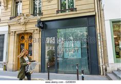 "Paris, France, French Sexual Health Clinic, CeGIDD, HIV STD Testing and Treatment, ""Le Spot"" (AIDES) Shop - Stock Image"