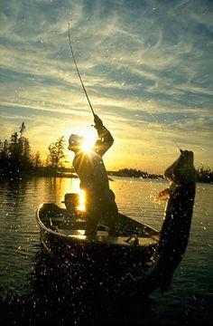 Fishing. Awesome picture!!!   www.bestbuddyfishing.com