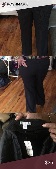 Black slacks with white pin stripes Black slacks with white pin stripes average size 14 new york and company Pants Trousers