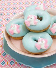 unicorn, donuts, and food image Pear And Almond Cake, Almond Cakes, Cute Donuts, Mini Donuts, Doughnuts, Pyjamas Party, Sugar Cake, Cute Desserts, Savoury Cake