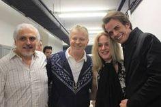 Carlos Cavalcanti (diretor da Fiesp), Miguel Falabella (diretor do espetáculo), Lisa Lambert (autora do texto original) e Cleto Baccic (ator e diretor de produção) – Créditos: Assessoria Márcia Stival