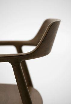 Chair #design #minimalism #brown