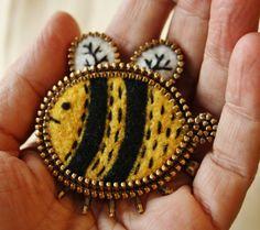 Felt and zipper bee brooch by woollyfabulous on Etsy
