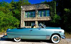 Retreat from the world in a private cabin, surrounded by 140 acres of Ozark woods, water and wildlife near Beaver Lake and the White River. Eureka Springs, Arkansas, National Geographic, Acre, Antique Cars, Scenery, Wildlife, Sky, World