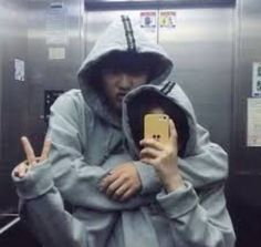 Image about girl in 『✨ulzzang✨』 by ☽kathy☾ on We Heart It Couple Tumblr, Tumblr Couples, Relationship Goals Pictures, Cute Relationships, Boyfriend Goals, Future Boyfriend, Cute Couples Goals, Couple Goals, Hwa Min