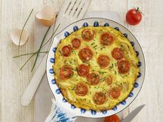 Quick and easy but utterly delicious. This is also good served cold and makes an excellent addition to Lunchboxes and Picnics as well as a cheap and nutritious meal for the family. Easy Frittata Recipe, Frittata Recipes, Toddler Finger Foods, Toddler Meals, Toddler Recipes, Toddler Food, Annabel Karmel Recipes, Baby Food Recipes, Cooking Recipes
