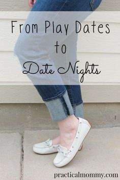 """As a mom of little kids, I don't get a lot of time to spend pampering myself or making myself pretty. Which is fine most of the time, but when it's """"date night"""" and I have 5 minutes to get ready, I need an outfit that pulls double duty. Positive Parenting Solutions, Parenting Hacks, Date Outfits, Mom Outfits, Practical Parenting, Saving Your Marriage, Mommy Style, Autumn Fashion Casual, Mom Quotes"""