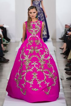 Oscar de la Renta Runway | Fashion Week Fall 2013 Photos // my fashion week ultimate!